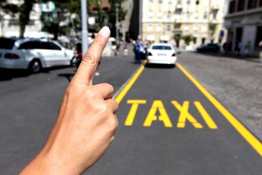 guia-de-viagem-trancoso-taxi