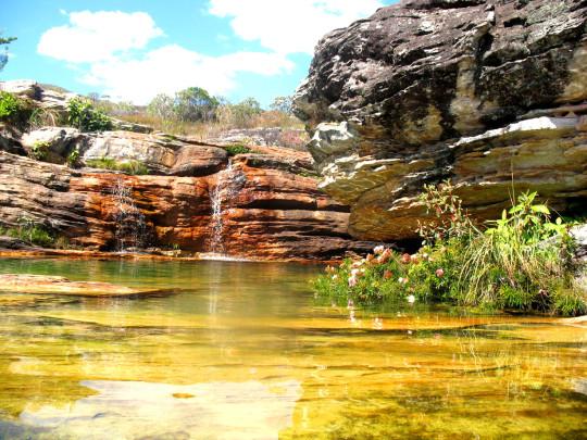vila-do-biribiri-cachoeira-sentinela