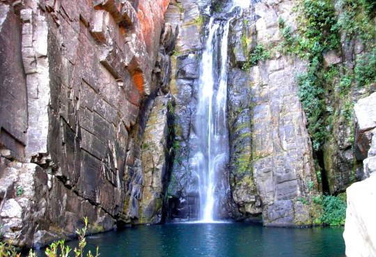 cachoeira-véu-da-noiva-serra-do-cipó