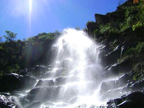 cachoeira-farofa-de-cima-serra-do-cipó