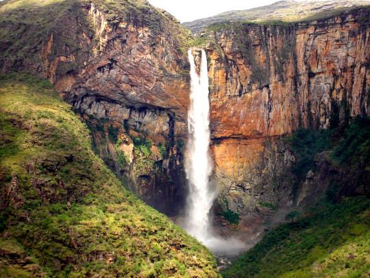 cachoeira-tabuleiro-serra-do-cipó