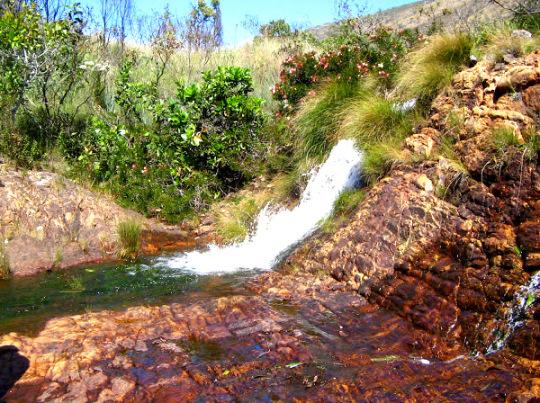 cachoeira-lagoa-dourada-serra-do-cipó