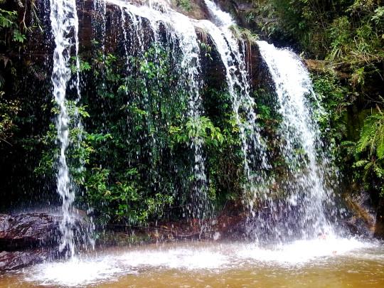 lavras-novas-dicas-para-o-final-de-semana-cachoeira
