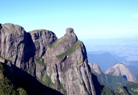 pontos-turísticos-de-teresopolis-pedra-do-sino