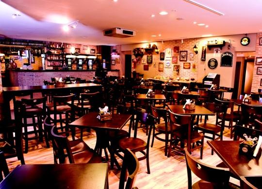 onde-se-divertir-em-florianopolis-cervejaria-original