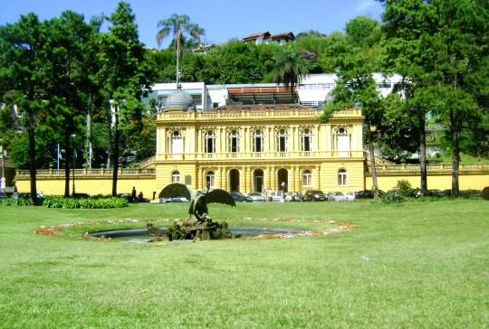 palacio-amarelo