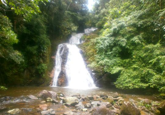 cascata-jump-Dagua-Morretes the-autunno-