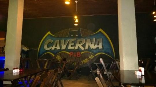 onde-divertir-sao-thome-das-letras-caverna-do-batman-pub