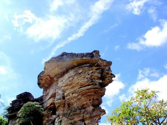 pontos-turisticos-de-sao-thome-das-letras-pedra-bruxa