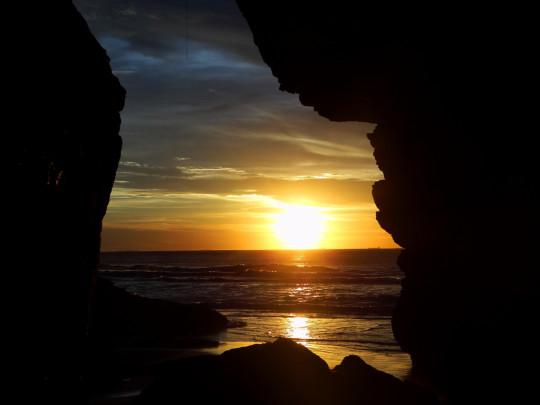 pontos-turisticos-ilha-do-mel-gruta