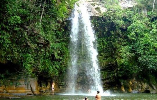 o-que-fazer-em-pirenopolis-cachoeira