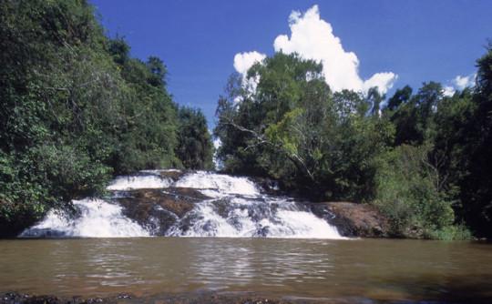 pontos-turisticos-de-brotas-cachoeira-do-escorregador