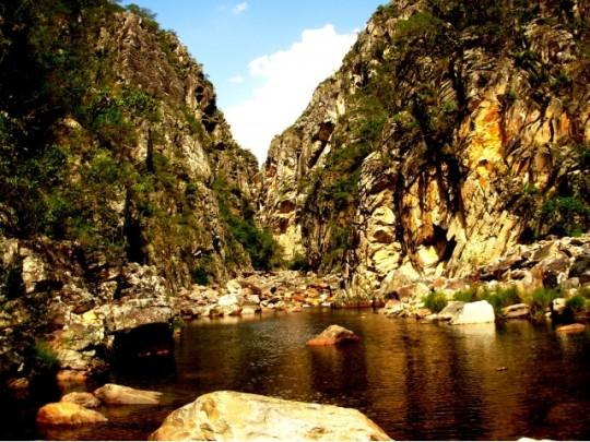 pontos turisticos da serra do cipo-Canyon-das-Bandeirinhas