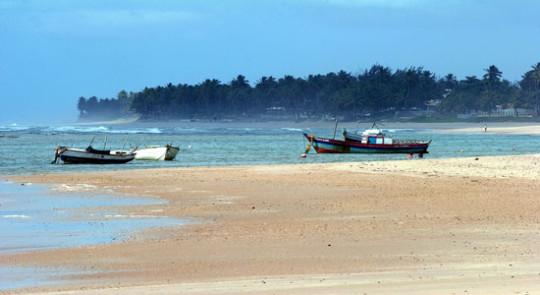 pontos-turisticos-de-arembepe-Praia de Arembepe